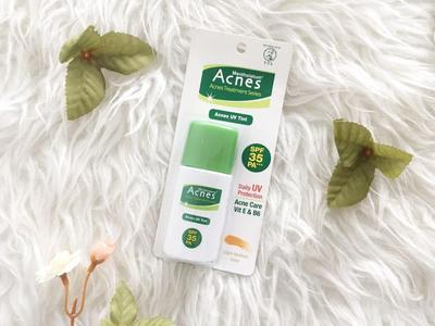 Rekomendasi Sunscreen Drugstore Murah yang Bagus untuk Kulit Berjerawat