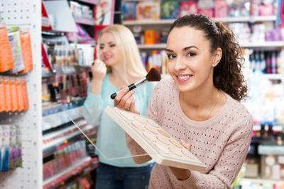 Tips dan Trik Berhemat untuk Mengatur Pengeluaran Dalam Berbelanja Makeup