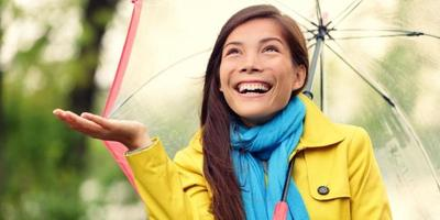 Cara Menghindari Pakaian Berbau Apek dan Tetap Segar Selama Musim Hujan