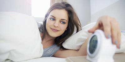 Begadang Semalaman? Tenang, 5 Cara Ini Akan Membuat Wajahmu Tetap Segar!