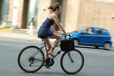Hindari Bersepeda