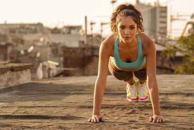 3 Menit Bakar Kalori Super Cepat dengan Lakukan Gerakan Mudah Berikut Ini!