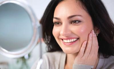 Praktis! Ini Rekomendasi 4 Tisu Pembersih Makeup Drugstore untuk Hasil Wajah Bersih Mulus