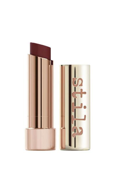 Lipstik Warna Gelap Ini Paling Cocok untuk Semua Warna Kulit, Lho!