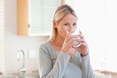 Tubuh Tetap Segar dan Tidak Moody Selama Menstruasi dengan Minuman Lezat Ini!
