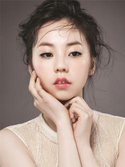 Bentuk Alis ala Artis Korea yang Paling Cocok untuk Kamu Pemilik Wajah Bulat