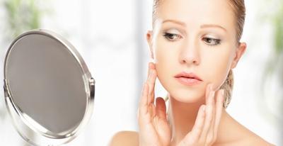 Perhatikan, Ini Dia 3 Tanda Skincare Anti-Aging Tidak Cocok untuk Kulitmu!