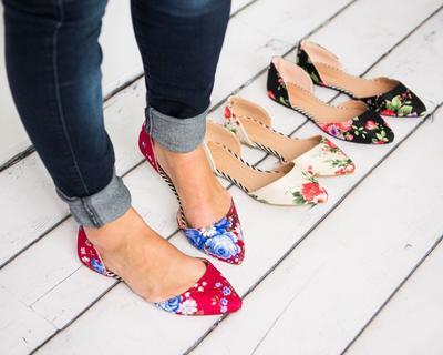 4 Tips Memilih Flat Shoes Nyaman Untuk Menghindari Kaki Lecet dan Pegal