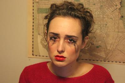 7 Kesalahan yang Sering Kamu Lakukan Saat Membersihkan Makeup Mata