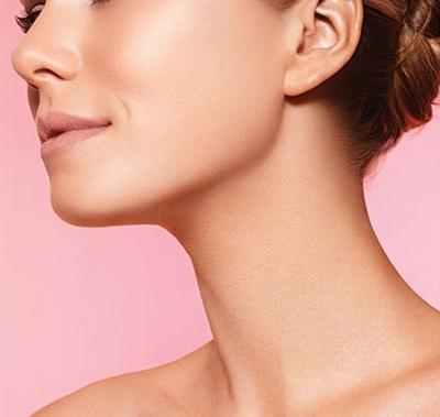 Leher yang Indah Bebas Double Chin Bisa Kamu Dapatkan Hanya Dengan Gerakan Mudah Ini!