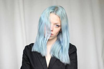 5 Tips Mudah Merawat Dyed Hair agar Warnanya Tetap Awet, Sehat, dan Halus