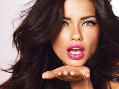 Lakukan Rahasia Cantik ala Model Victoria Secret Ini dan Rasakan Berbagai Manfaatnya!