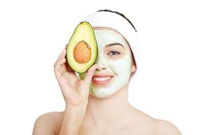 Cantik Nggak Harus Mahal! Manfaatkan Masker Buah Alami untuk Mengurangi Minyak Berlebih!