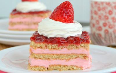 Pecinta Makanan Manis? Wajib Kunjungi 5 Toko Kue Populer di Bandung Ini!
