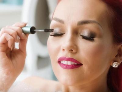 Ingin Bulu Mata Cantik dan Tebal Natural? Coba 3 Maskara Drugstore Favorit Beauty Blogger Ini!