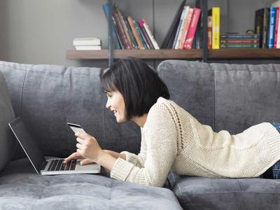 Ingin Belanja Baju Online? Eits, Wajib Lakukan 5 Hal Ini Dulu!
