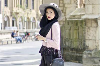 Hijabers, Ikuti 7 Tips Ini Untuk Tampil Fashionable Setiap Hari Dengan Hijab!