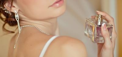 Biar Si Dia Makin Sayang, 5 Parfum Ini Bisa Jadi Pilihanmu!