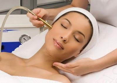 6 Cara Modern Mengecilkan Pori-Pori Kulit Wajah dengan Efektif