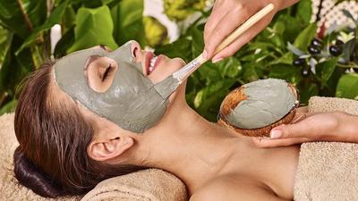 Yuk, Segera Bikin Masker Alami Ini Sebelum Jerawat Muncul di Wajahmu!