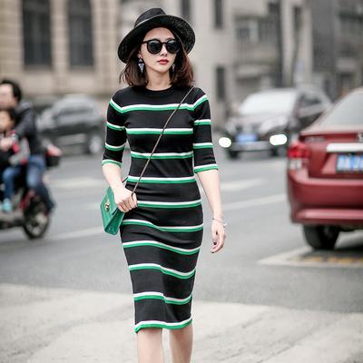 7 Tips & Trik Fashion Jitu untuk Kamu yang Bertubuh Kurus agar Bisa Terlihat Lebih Berisi