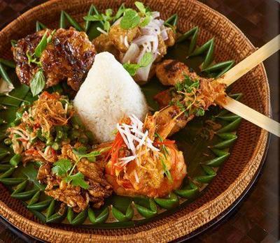 Yuk, Cari Tahu 5 Makanan Khas Bali yang Halal dan Nikmat!