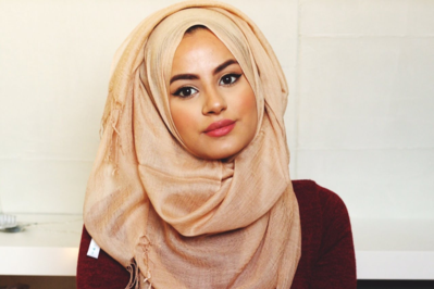 Yuk, Kenali 4 Jenis Kain Hijab Bernama Unik Ini supaya Tidak Bingung Saat Memilih!