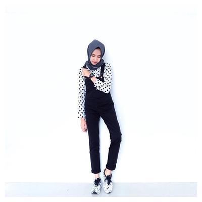 Inspirasi Fashion Hijab Monokrom Ala Selebgram Amelia Elle