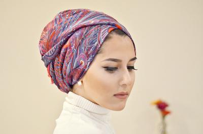 Wanita Karir, Coba Tips Hijab Style Ke Kantor Ini Agar Kamu Tampil Anggun Setiap Hari!