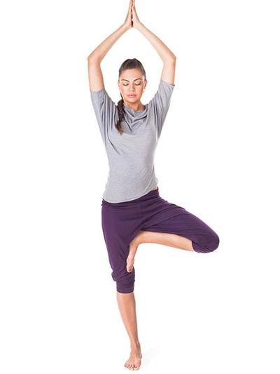 Ingin Tambah Tinggi? Lakukan 3 Gerakan Yoga Ini!