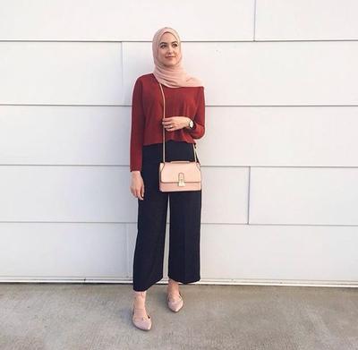 Ikuti 5 Gaya Hijab Kasual yang Bisa Membuat Kamu Tampil Fashionable Saat Ke Kampus Ini!