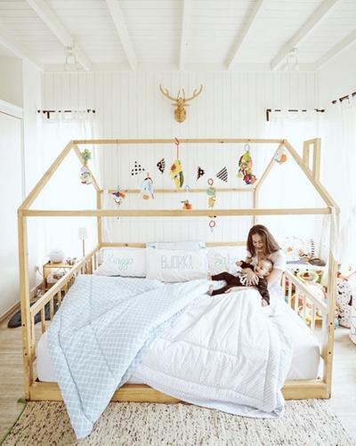 4. Dekorasi Kamar untuk Mempermanis Ruangan