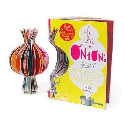 6. Gunakan buku dengan desain unik