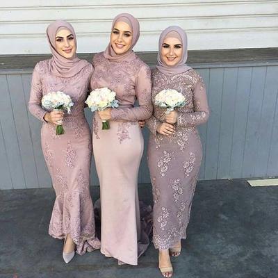 5 Rekomendasi Gaun Seragam Pernikahan Berhijab yang Cantik dan Simpel