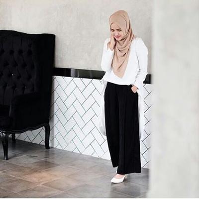 Tampil Modis dan Sopan dengan 5 Cara Mix and Match Baju Kantor untuk Kamu Para Hijabers