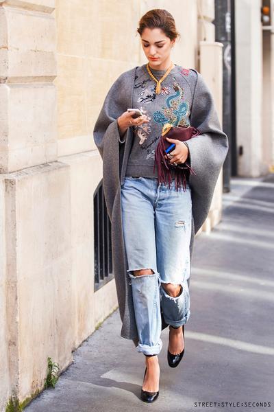 4. Boyfirend Jeans