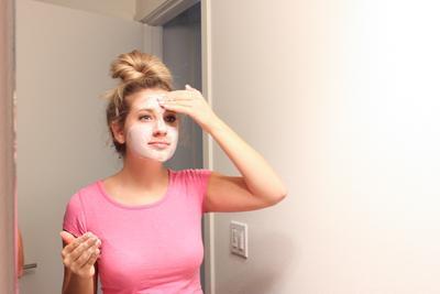 DIY Masker Alami Ini untuk Perawatan Wajah yang Lebih Aman dan Hemat!