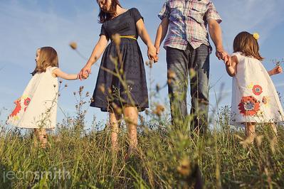 6 Tips Ampuh Mengasuh Anak Kembar Tanpa Stress!