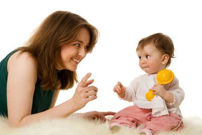 4. Respon saat Bayi Mencoba Bicara