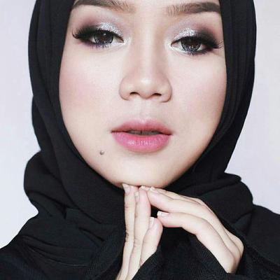 5 Beauty Blogger Hijabers Indonesia Paling Terkenal yang Wajib Kamu Follow
