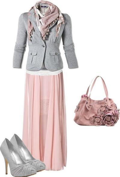 Kombinasi Style Hijab Merah Muda dan Abu-Abu