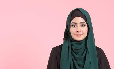 Yuk, Ikuti 3 Gaya Hijab Syar'i ala Risty Tagor Ini!