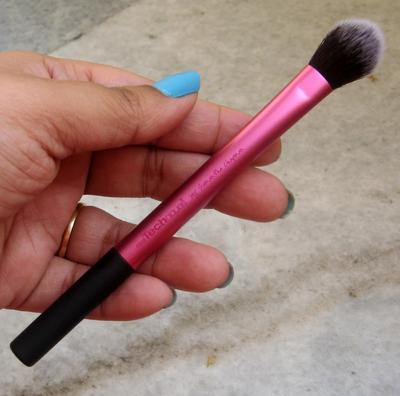 Packaging Highlighter Brush Real Techniques