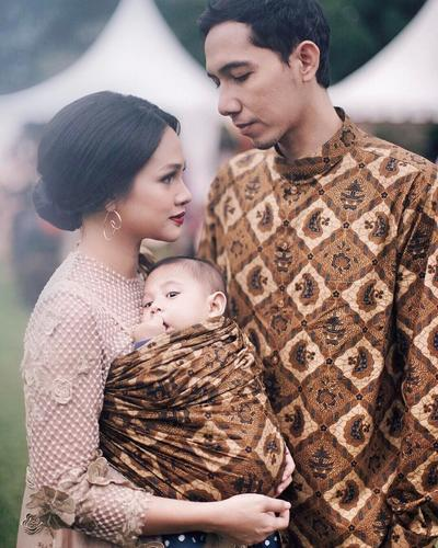 3. Andien Aisyah and Family