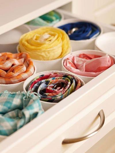 2.Pisahkan Warna dan Jenis Hijab