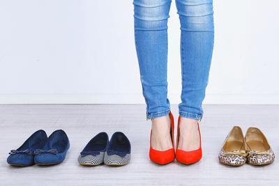 Sering Pakai Flat Shoes? Tips Sederhana Ini Bikin Sepatumu Lebih Awet