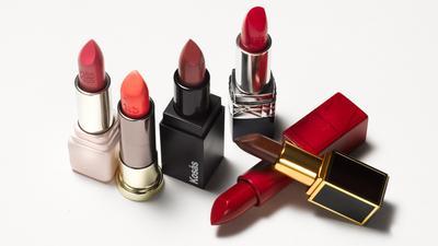 Lipstick dan Lip Balm