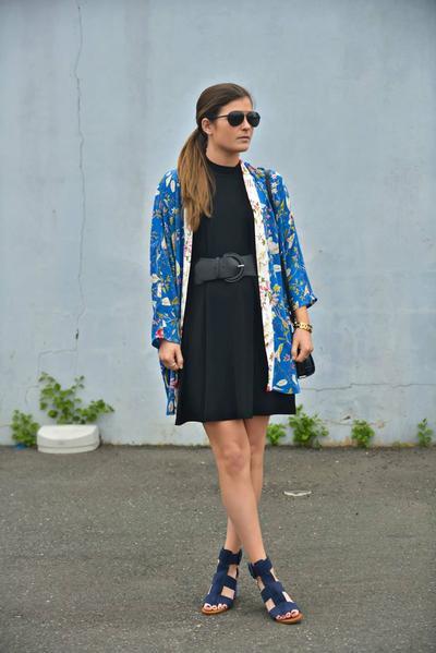 2. Belt Statement Dress