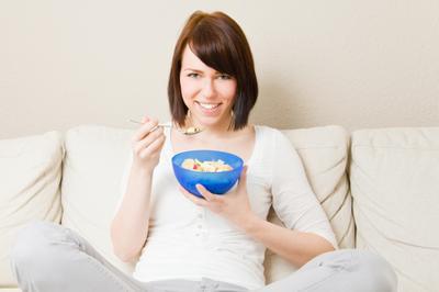 Tak Perlu Obat, Begini 4 Cara Mengatasi Nyeri Haid Secara Alami!