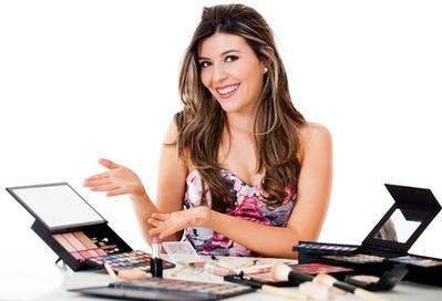 Ingin Menjadi Beauty Vlogger Terkenal? Intip Caranya Disini Yuk!